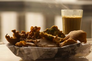 chai-and-pakoras-at-grand-hyatt-goa-4